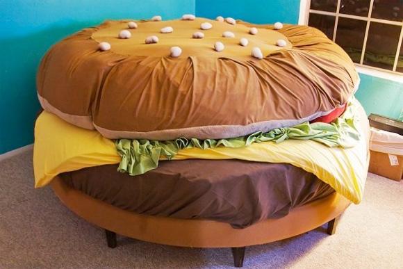 the-hamburger-bed