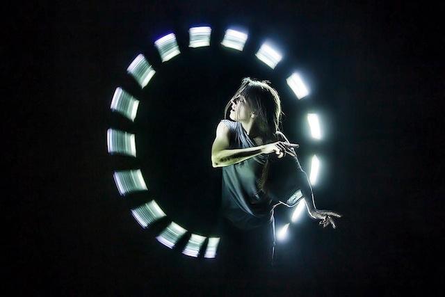 lightspin-04