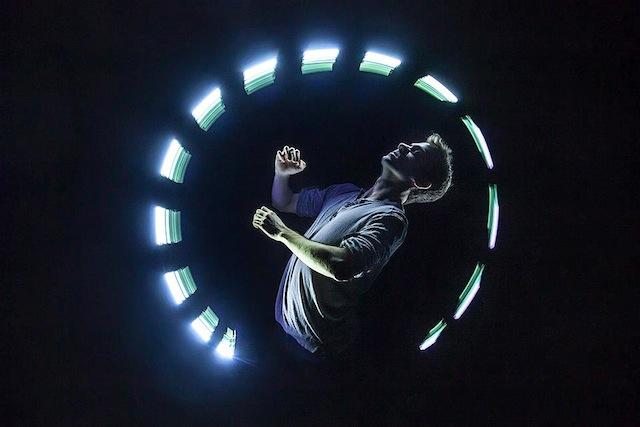 lightspin-06